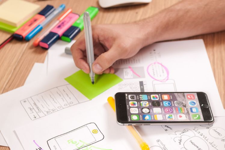 Mobile App Design: usability and user experience