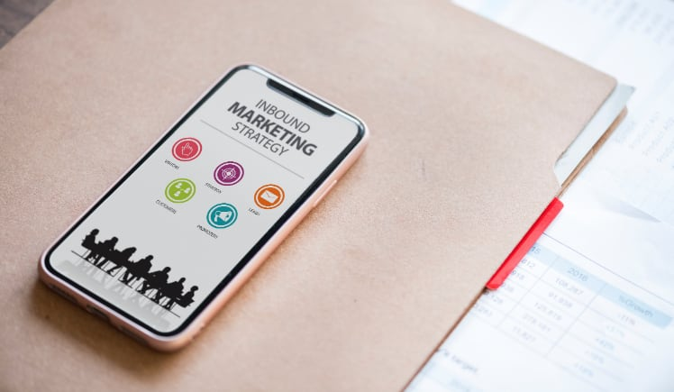 inbound marketing strategy on smartphone