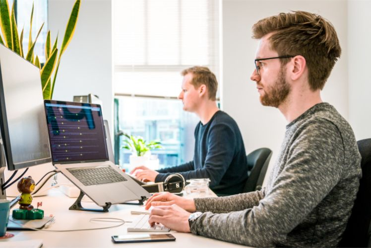 app development team- cross platform app development
