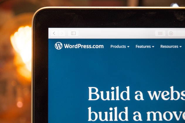 website of wordpress on a laptop